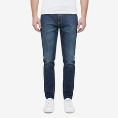 TAPERED AUTHENTIC JEAN