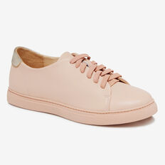 CLEAN LINES LEATHER SNEAKER
