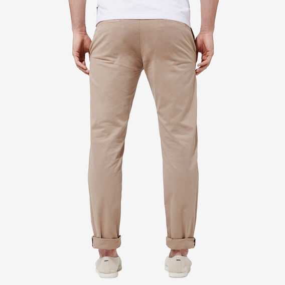 REGULAR FIT STRETCH CHINO PANT  CHIPMUNK  hi-res