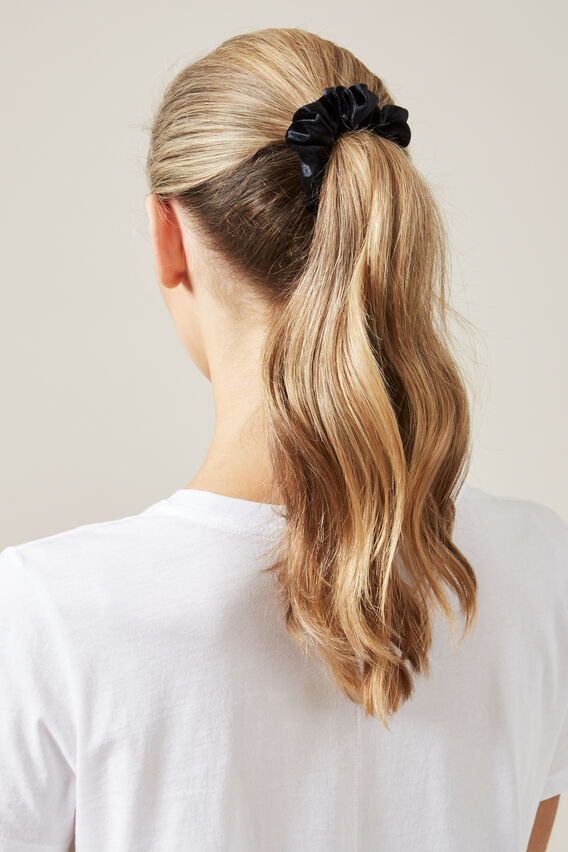 VELVET HAIR SCRUNCHIE   BLACK  hi-res