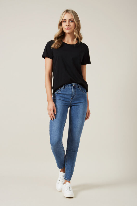 RELAXED T-SHIRT  BLACK  hi-res