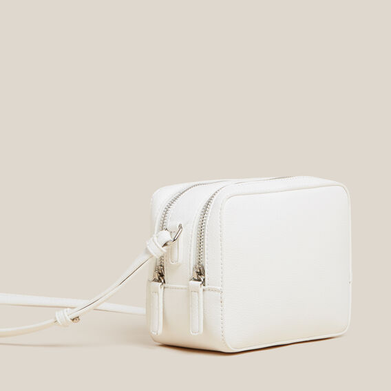 ESSENTIAL CAMERA BAG  WHITE  hi-res
