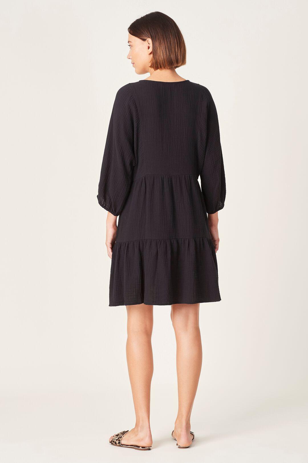 COTTON CRINKLE V-NECK DRESS  BLACK  hi-res
