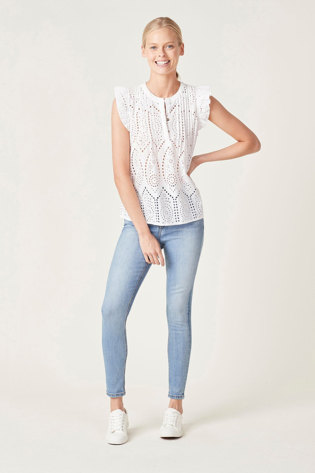 COTTON BRODERIE TOP  WHITE  hi-res
