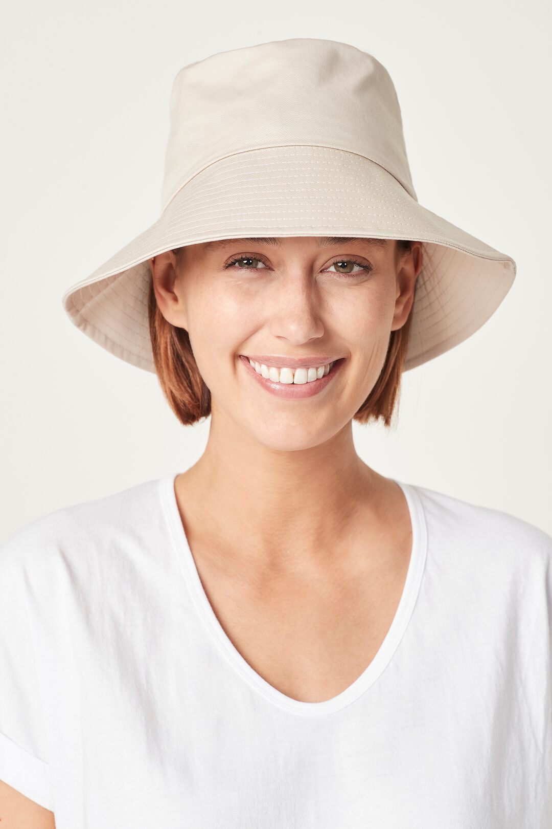 BUCKET HAT  TOASTED VANILLA  hi-res