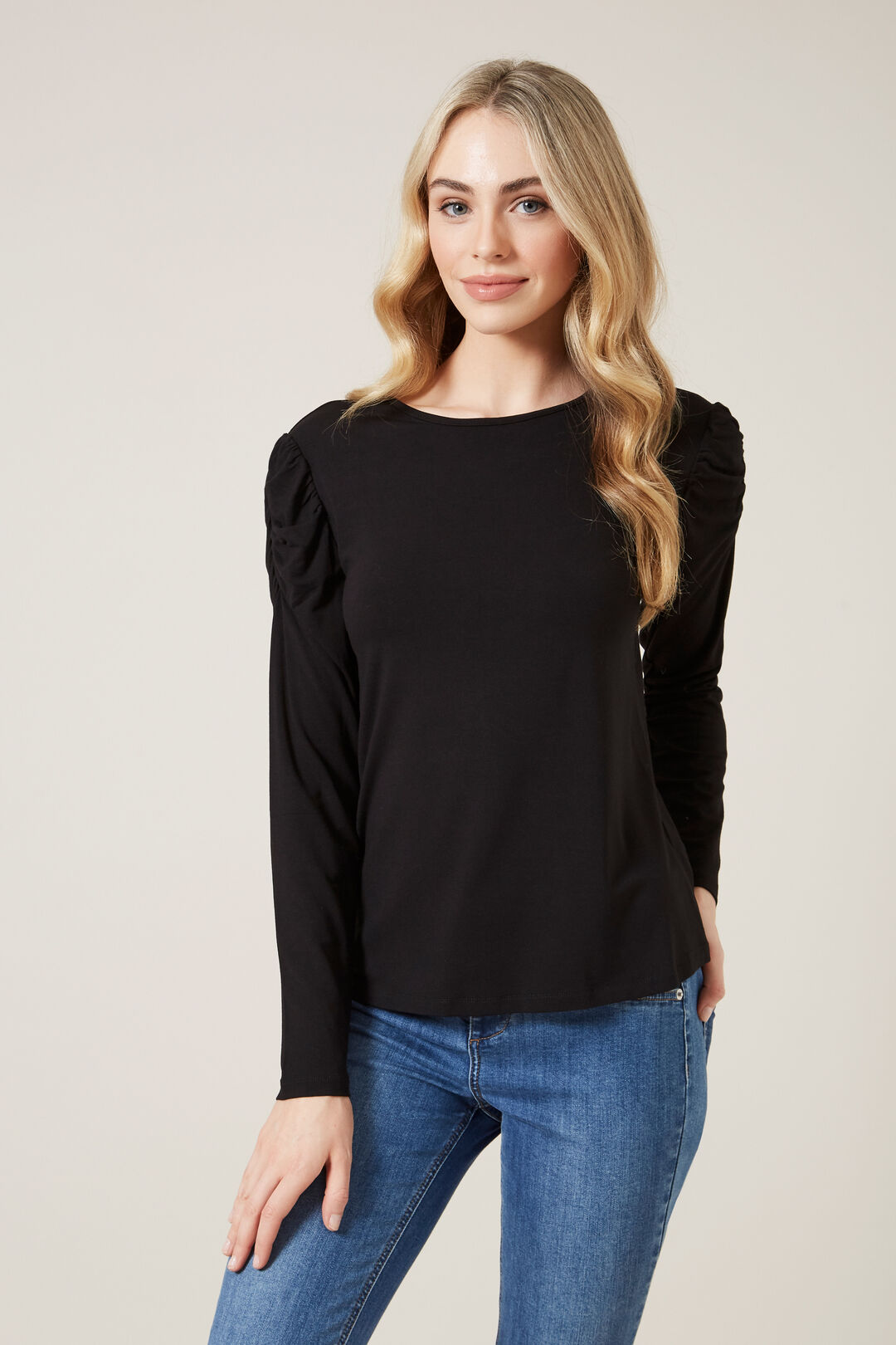 ROUCHED SLEEVE T0P  BLACK  hi-res