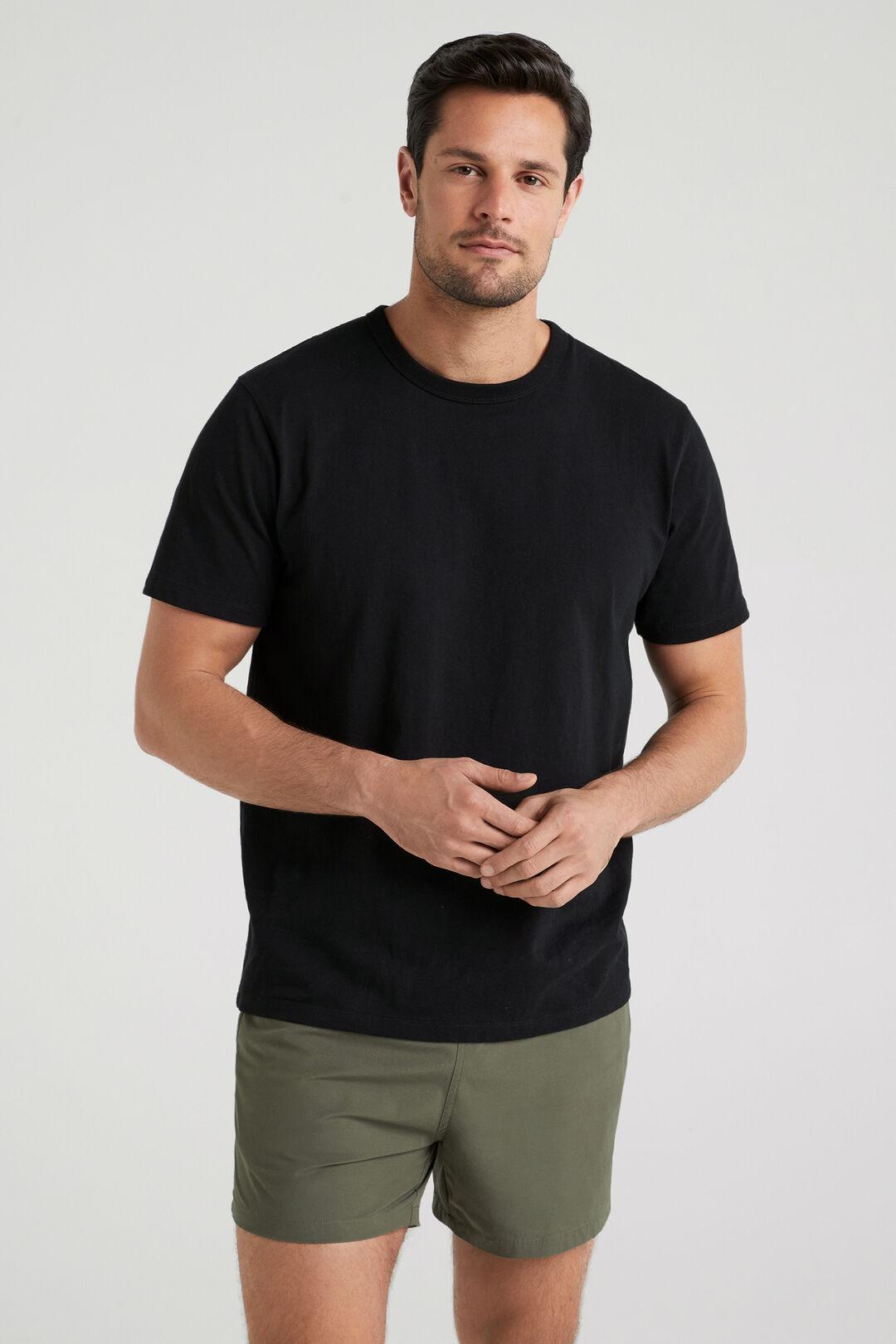 HEAVYWEIGHT T-SHIRT  BLACK  hi-res