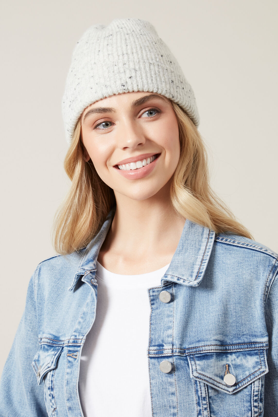 SPECKLE BEANIE  SOFT GREY  hi-res